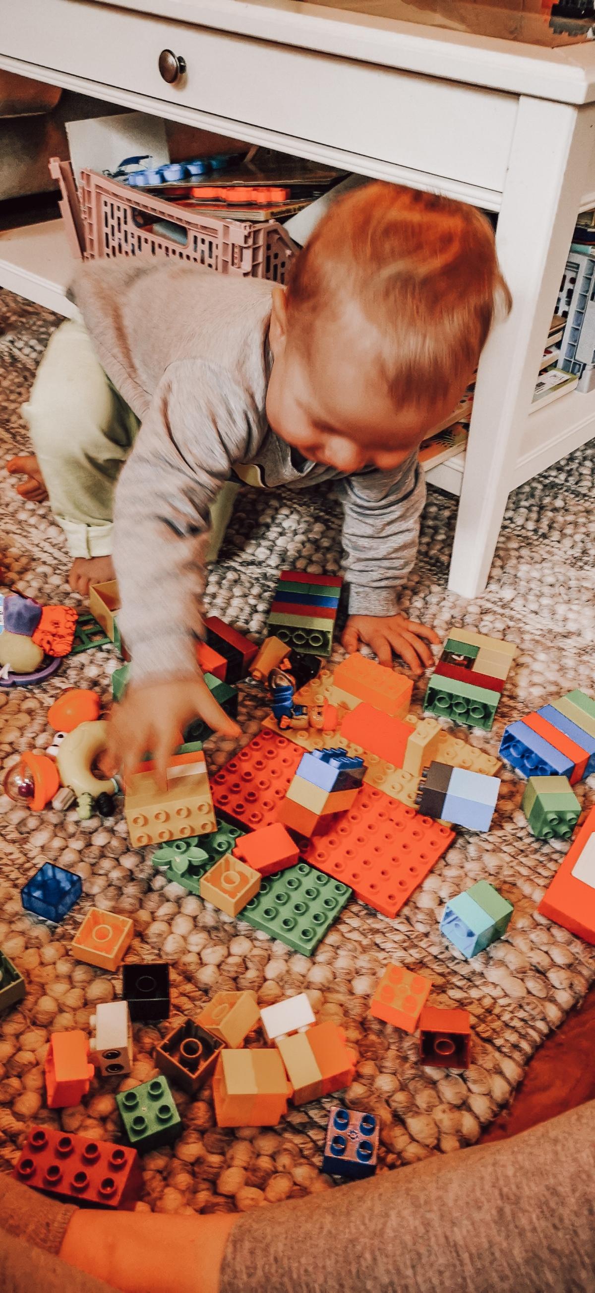 Lapsen kanssa leikkimisestä – ja senvaikeudesta